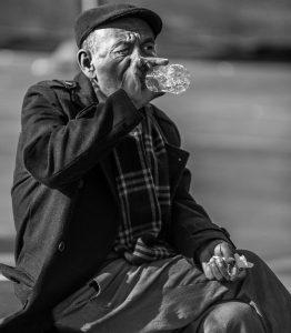 老いと貧困と酒
