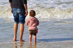 子どもと海