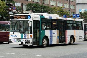 西鉄バス。Wikipedia